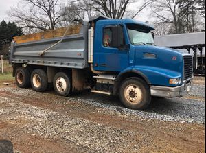 Volvo dump truck !!!! for Sale in Wellford, SC