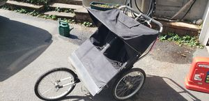 Jogging stroller for Sale in Sammamish, WA