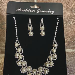 Pearl and Diamond Necklace and Earring Set for Sale in Walnut, CA