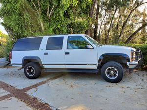 Chevy Suburban 1996 4x4 LS for Sale in La Habra Heights, CA