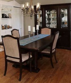 Dining Room Set for Sale in Medford,  NY