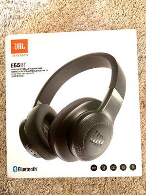 JBL wireless headphones for Sale in Fresno, CA