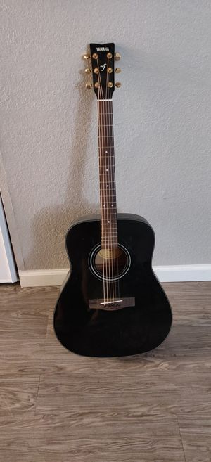 Yamaha F335 Black Acoustic Guitar for Sale in Brea, CA