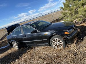 BMW 330 xi 2004 for Sale in Denver, CO