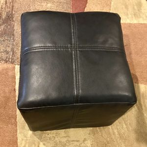 2 Black Stools (1 @ $15, 2 @ $25) for Sale in Los Angeles, CA