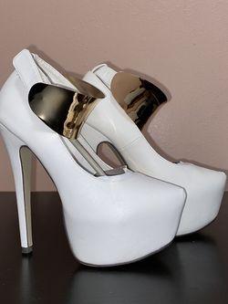 White 6.5 Heels for Sale in Tyler,  TX