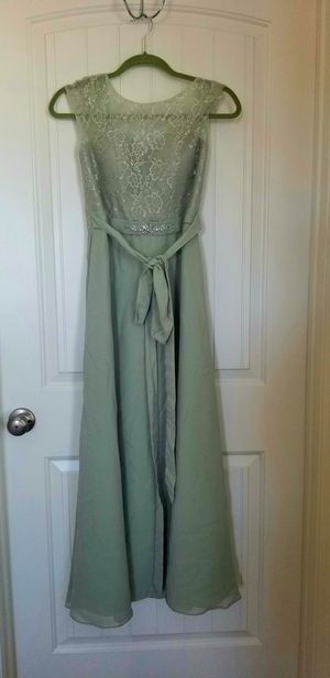 Bridesmaid/prom dress with shoes for Sale in Crestview, FL