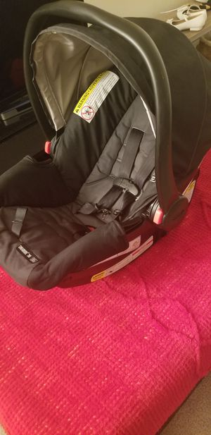 Graco Click Connect Infant Car seat for Sale in Montpelier, MD