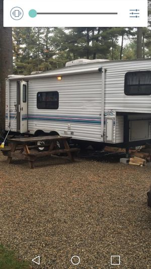 1997 25ft 5th wheel camper loaded renovated for Sale in Woonsocket, RI