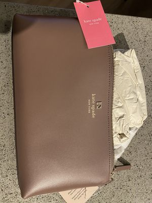 BRAND NEW Kate Spade crossbody for Sale in Wauwatosa, WI
