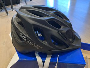 Giant Brand Realm Bicycle Bike Helmet for Sale in Hacienda Heights, CA