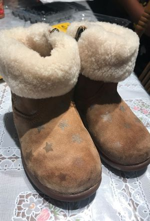 Uggss girls boots for Sale in Santa Clara, CA