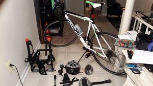 Schwinn, Road bike for Sale in Fort Washington, MD