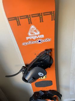 Old K2 Vintage Snowboard for Sale in Sacramento,  CA