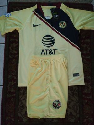 Kids Set Club América Unisex Size 26 (10-11) 28 (12-14 Años) for Sale in Phoenix, AZ