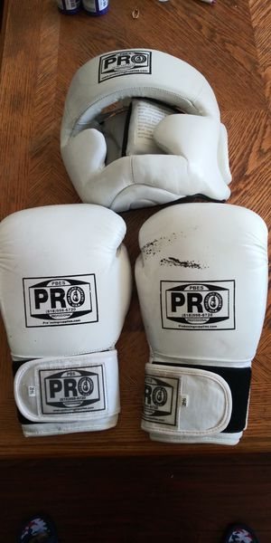 Pro Sparring Equipme for Sale in West Covina, CA