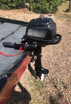 Colman 4 Stroke 5hp outboard motor for Sale in Show Low, AZ