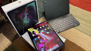 iPad Pro (11-inch) WIFI+ Cellular unlocked 1TB for Sale in Scottsdale, AZ