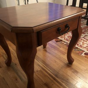 Solid wood coffee table and side table for Sale in Hamden, CT