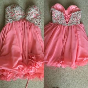 Homecoming Dress for Sale in Snohomish, WA