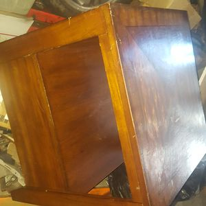 Coffee Table Hardwood good cond for Sale in Los Angeles, CA