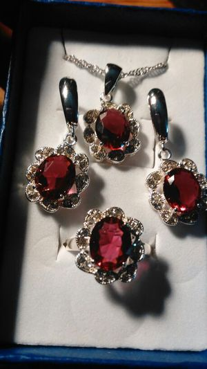 Ruby's Lab-created Gem's Jewelry Set, Size 7 🙌😘 for Sale in Colorado Springs, CO