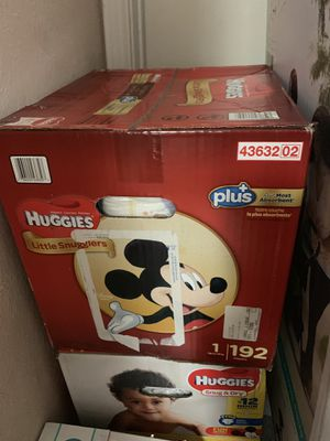 Huggies little snugglers size 1 for Sale in Mesquite, TX