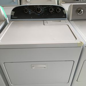 Newer Whirlpool Electric Dryer for Sale in Stockton, CA