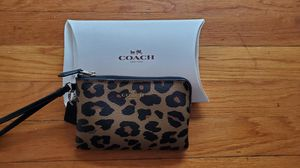 Coach Leopard Print Wristlet for Sale in New Haven, CT