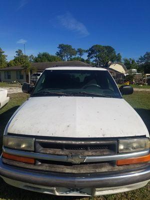 2000 Chevy Blazer for Sale in Loxahatchee, FL