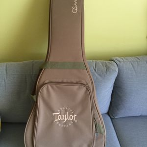 Taylor GS Mini Gig Bag for Sale in Lake Worth, FL