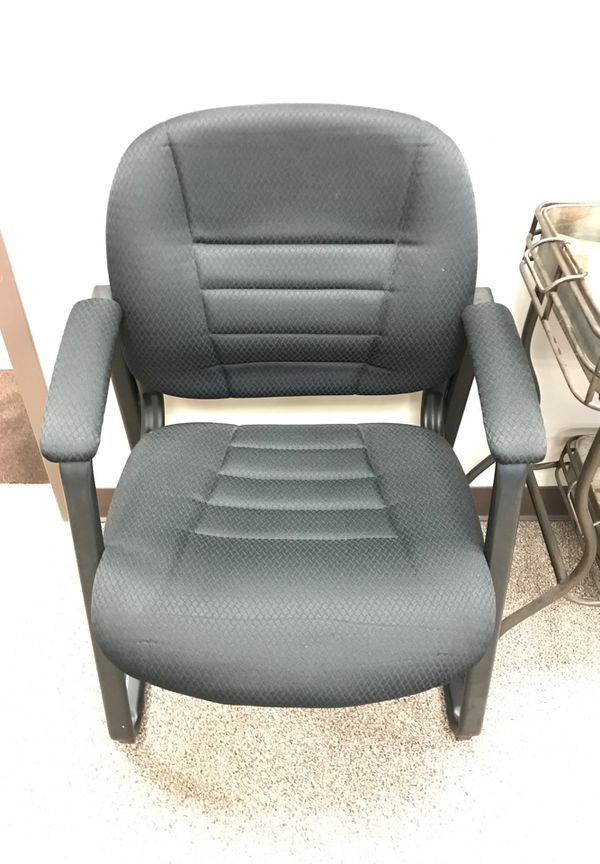 Set of 3 Black Fabric Office Chairs