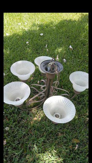 5 lamp chandelier for Sale in Loxahatchee, FL