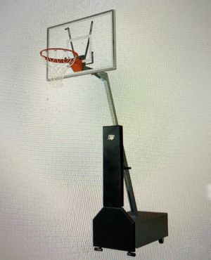 Bison Club Court Adjustable Portable Basketball for Sale in Lawndale, CA
