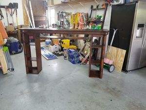 FREE Cindy Crawford Key West TV entertainment hutch for Sale in Lutz, FL