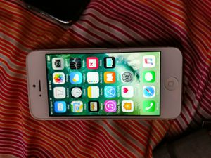 Sprint iPhone 5 16gb for Sale in Boston, MA