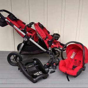 City Select Double Stroller and Car Seat for Sale in Lakewood, WA