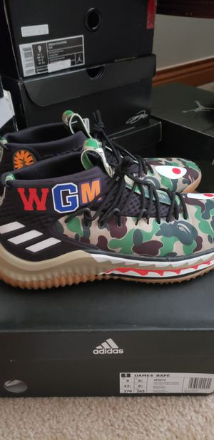Adidas Dame 4 Bape sz 9 for Sale in Columbus, OH