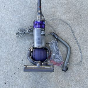 Dyson Animal For Parts for Sale in Evansville, IN