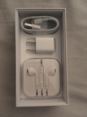 Apple iPhone 5 - 11; Charger, Earphones, & Adaptable Box for Sale in Canoga Park, CA