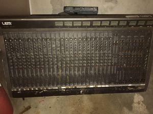 LEM 40 track for Sale in Detroit, MI