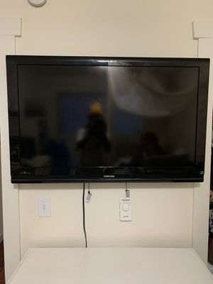 Toshiba tv for Sale in Seattle, WA
