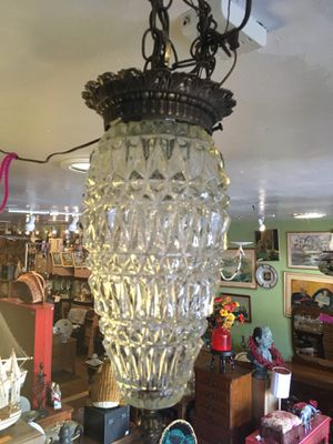 Vintage antique Mid century modern hanging Crystal swag lamp light chandelier for Sale in San Diego, CA