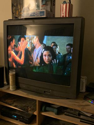 Tv and tv entertainment stand for Sale in Irwindale, CA
