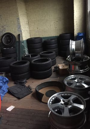 Bunch of rims and tires for luxury cars and trucks for Sale in Cleveland, OH