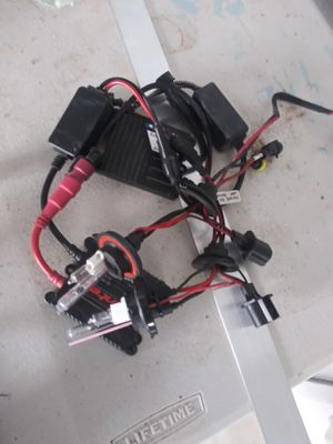 Used set of H13 HIDs 9008 for Sale in Glendale, AZ