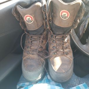 Irish setters winter workboots 11.5 botas de construccion redwing irishsetter for Sale in NO POTOMAC, MD