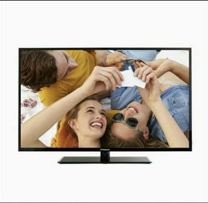 """Polaroid 40"""" LED TV (Black) 39.5-inch Widescreen FULL HD 1080 P LED Television for Sale in Chicago, IL"""