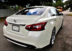 functioning properly 2015 Altima 2.5 SL for Sale in Macon, GA