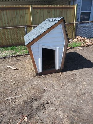 Big Dog House for Sale in Florissant, MO